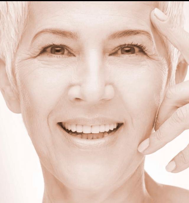 Schönheitschirurgie Berlin | Plastische Chirurgie Dr. med. Indra Mertz Gesicht