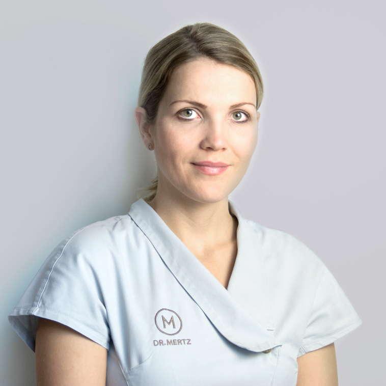Schönheitschirurgie Berlin | Plastische Chirurgie Dr. med. Indra Mertz Team